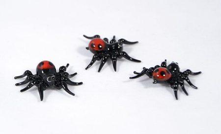 Pók piros popóval - miniatűr üvegfigura