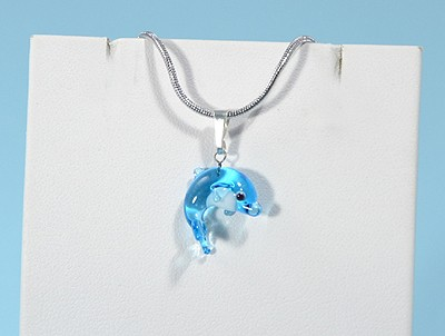 Delfin - miniatűr üvegmedál
