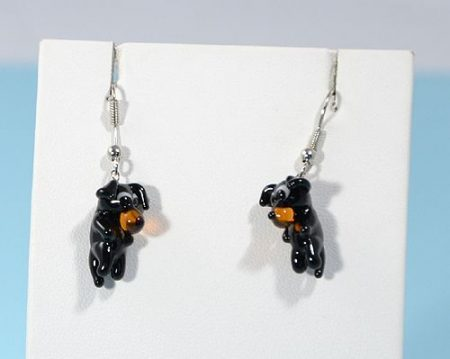 Kutyakölyök - fülbevaló miniatűr üvegfüggővel
