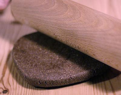 Nyújtsuk 2-3 cm vastagságúra