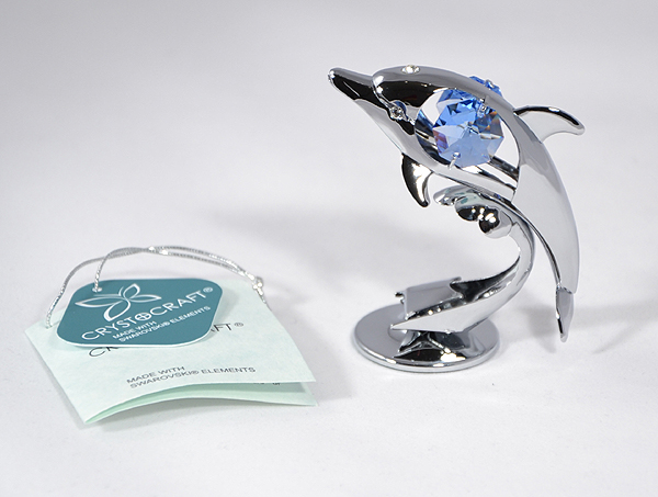 Delfin figura Swarovski kristállyal díszítve